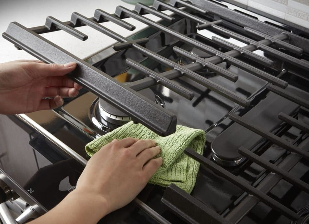 How to Make the Stove Shiny and Black Again